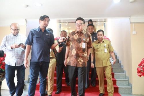 Menteri Dalam Negeri Tjahjo Kumolo, menghadiri Rapat Internal Eselon I dan Eselon II Kemendagri di Sasana Bhakti Praja, Gedung C Kemendagri, Jakarta Pusat, Senin (29/4/19). Foto: (Puspen Kemendagri)